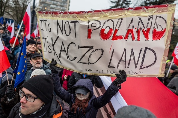 Several thousand people protested on December 17, 2016, outside the presidential palace in Warsaw over alleged vote fraud and the rightwing government's plans to impose new restrictions on media coverage of parliament.