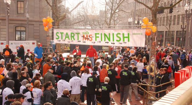 The MS Walk gets underway in Portland, Ore., on Apr. 4, 2009.