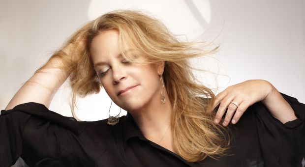 Singer Mary Chapin Carpenter