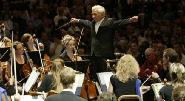 Mr. Ashkenazy conducting the European Union Youth Orchestra at the BBC Proms, Royal Albert Hall, London, UK, 12th August 2006.