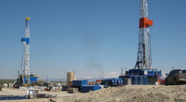 Natural gas drilling equipment on the Pinedale Anticline, WY