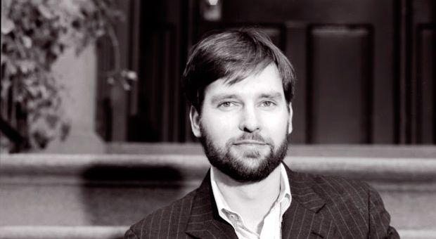 Author Neal Bascomb