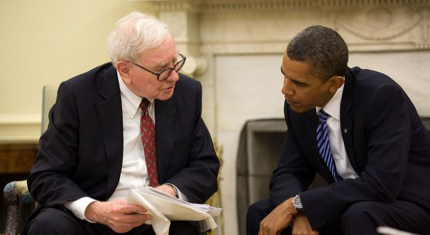 President Barack Obama meets with Warren Buffett in the Oval Office, July 14, 2010