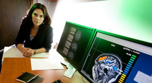 Sian Beilock in her lab August 25, 2010