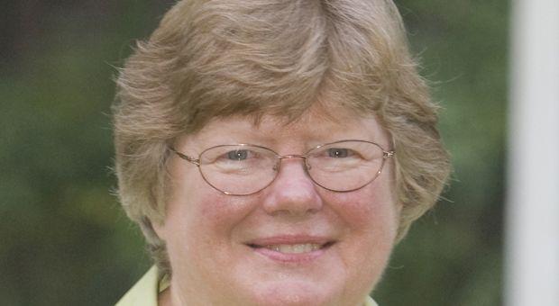 Suzanne Marrs